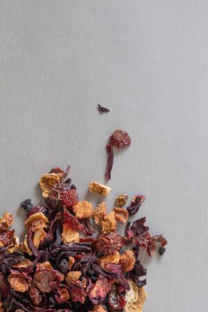 Midnight Sun organic fruit tea loose on table