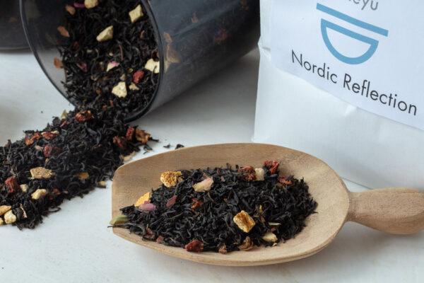 Økologisk Nordic Reflection sort te med kvæde og appelsin løs te