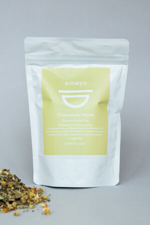 Emeyu's Chamomile Mood is a wonderful and mild organic herbal tea. Made from a caffeine-free blend of calming and relaxing herbs and the taste from chamomile, rosehip seed, lemon balm, lemon verbena, lemongrass, lavender flowers, hops and valerian. 75 g loose herbal tea in a resealable and sustainable doypack bag.