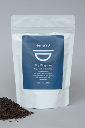 Emeyu's Tiny Kingdom is a high-quality and organic black Earl Grey tea with bergamot oil. Loose black tea 80 grams in a resealable and sustainable bag.